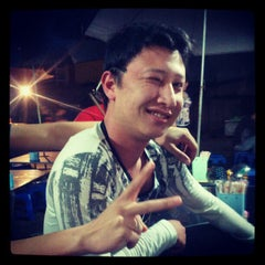 Photo taken at Hải sản chợ KimLiên by Manh Q. on 4/6/2012