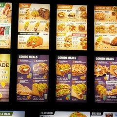 Photo taken at Taco Bell by Staxx M. on 7/13/2012