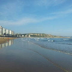 Photo taken at Playa de Salinas / San Juan de Nieva by Miner on 8/11/2012