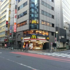 Photo taken at マクドナルド 南新宿店 by Kashiwagi S. on 3/14/2012