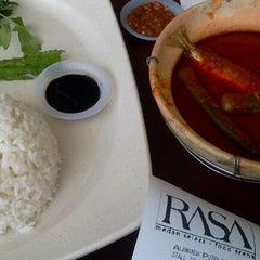 Photo taken at RASA Food Arena (Medan Selera) by napiesanusi D. on 5/31/2012