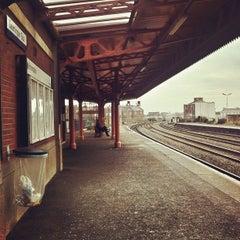 Photo taken at Leamington Spa Railway Station (LMS) by Dan S. on 2/8/2012