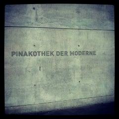 Photo taken at Pinakothek der Moderne by Ricarda Christina H. on 6/13/2012