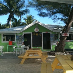 Photo taken at The Wreck Bar - Rum Point by Roberto F. on 3/3/2012