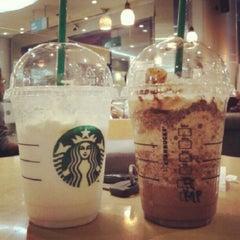 Photo taken at Starbucks by Zahra K. on 7/25/2012