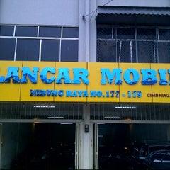 Photo taken at Lancar Mobil by DAVIN L. on 4/25/2012