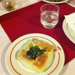 Photo taken at Restaurante Stambul by Yoshi T. on 6/10/2012
