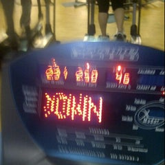 Photo taken at @Gym by Vero G. on 5/29/2012