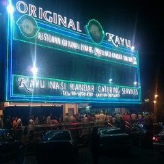 Photo taken at Original Penang Kayu Nasi Kandar by KM Y. on 8/6/2012