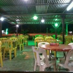 Photo taken at Warung Pinang Sebatang by Shyai E. on 9/10/2012
