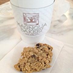 Photo taken at Magnolia Bakery by Ryan P. on 2/12/2012