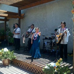 Photo taken at Crooked Vine/Stony Ridge Winery by Matthew R. on 6/3/2012