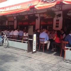 Photo taken at Central de Pizzas Polanco by Diego M. on 9/10/2012