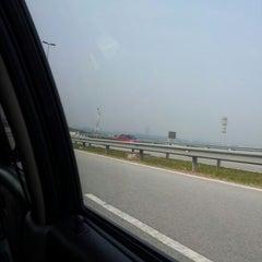 Photo taken at Petronas Lebuhraya Serdang Puchong by azfar a. on 8/11/2012