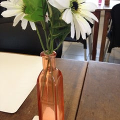 Photo taken at Restaurante Salsa Leve by Karina V. on 8/6/2012