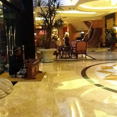 Photo taken at JW Marriott Hotel Jakarta by Romeo I. on 5/30/2012