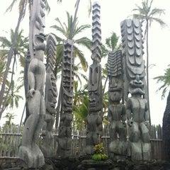 Photo taken at Puʻuhonua o Hōnaunau National Historical Park by Gabriel B. on 6/10/2012