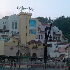 Photo taken at 캐리비안베이 (Caribbean Bay) by YJ K. on 8/31/2012