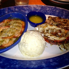 Photo taken at Red Lobster by Sara M. on 7/30/2012