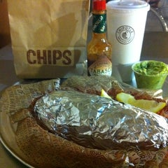 Photo taken at Chipotle Mexican Grill by Mario on 6/3/2012