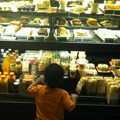 Photo taken at Starbucks by Renate D. on 5/19/2012