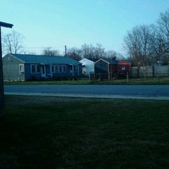 Photo taken at Hollingsworth Manor by Corina M. Shull on 3/13/2012