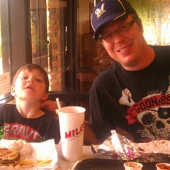 Photo taken at Milo's Hamburgers by Giona R. on 7/21/2012