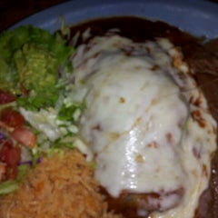 Photo taken at Mamacitas Mexican Restaurant by 👊Michael L. on 6/21/2012