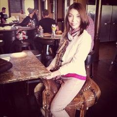 Photo taken at Bounty Hunter Wine Bar & Smokin' BBQ by Melonie G. on 4/6/2012