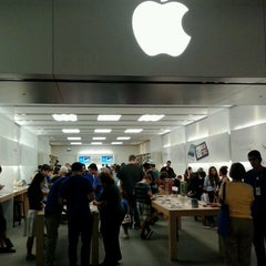 Photo taken at Apple Store, Stoneridge Mall by Karl B. on 7/30/2012