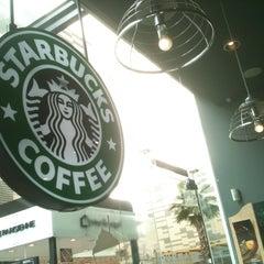 Photo taken at Starbucks by Joss on 5/12/2012