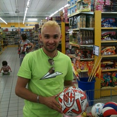 Photo taken at Toys by Massimiliano N. on 6/9/2012