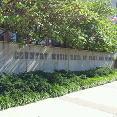 Photo taken at Country Music Hall of Fame® and Museum by RyTheNewsGuy on 8/9/2012