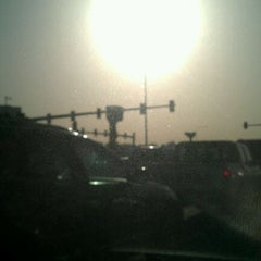 Photo taken at Ramada Intersection | تقاطع رامادا by WenS on 2/7/2012