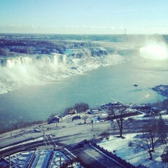 Photo taken at Sheraton on the Falls Hotel by Pricilla Chan on 2/13/2012