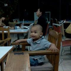 Photo taken at DADU Seafood by -Vian Y. on 5/26/2012