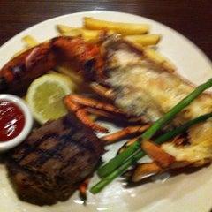 Photo taken at The Keg Steakhouse + Bar by starman n. on 8/12/2012
