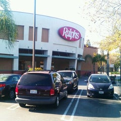 Photo taken at Ralphs by Felix G. on 4/4/2012