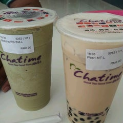 Photo taken at Chatime by Steven Low w. on 5/18/2012