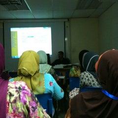 Photo taken at Universiti Teknologi MARA (UiTM) by azri 7. on 3/24/2012