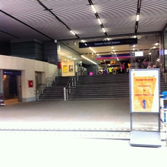 Photo taken at Cannon Street Railway Station (CST) by James B. on 7/31/2012