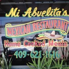 Photo taken at Mi Abuelita's Mexican Restaurant by Ann W. on 6/24/2012