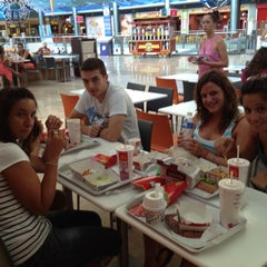 Photo taken at McDonald's by Rubén on 8/19/2012