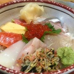 Photo taken at 居酒屋 酒元 by yuko9o9o on 2/21/2012