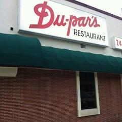 Photo taken at Du-par's Restaurant & Bakery by Fred M. on 4/1/2012