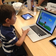 Photo taken at Apple Store, Stoneridge Mall by Marcos O. on 8/12/2012
