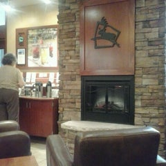 Photo taken at Caribou Coffee by Darlene S. on 8/10/2012