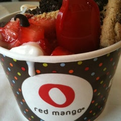 Photo taken at Red Mango by Suzanne on 9/1/2012