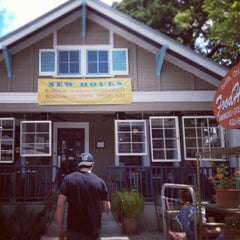 Photo taken at FoodHeads by Michael C. on 6/30/2012