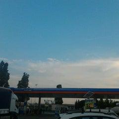 Photo taken at Area di Servizio Bisenzio Est by Alexjan C. on 5/24/2012